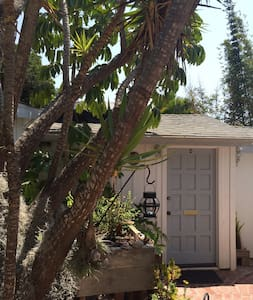 Welcome to our beach cottage,the jewel of Leucadia - Encinitas - Gästehaus