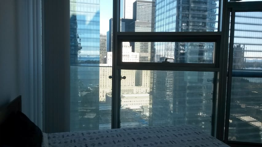 Lovely little home in Downtown Toronto - Toronto - Appartement en résidence