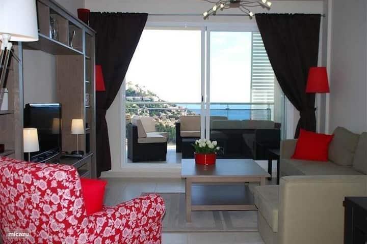 Prachtig penthouse met zeezicht