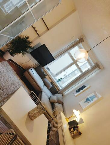 Renovated -jugend- studio apartment
