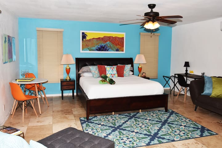 Master Suite 1 - This room is the primary room available for 1 or 2 guests.  It is very large with a private bath and direct access to the pool and spa.