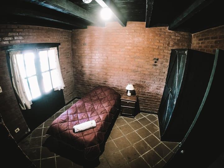 'Las Hierbas' - Single room with private bathroom