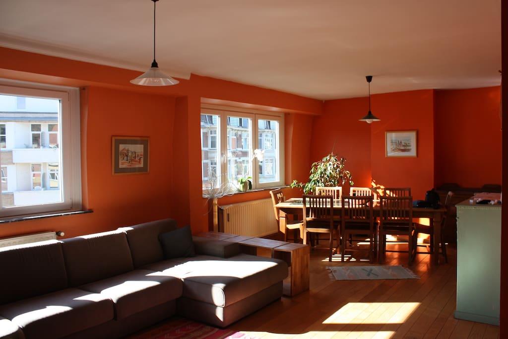 Lumineux vue sur le parc appartements louer uccle for Appartement atypique bruxelles