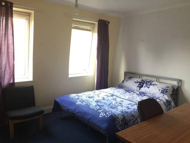 2R Big room 3minutes to city centre
