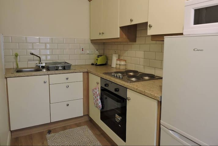Nice 1BR Penthouse Apartment+