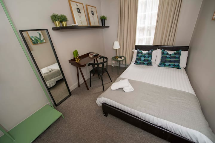 Lovely Room in central London *14