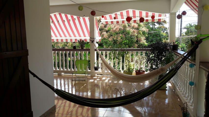 Haut de villa Guadeloupe - Saint-Claude - Rumah