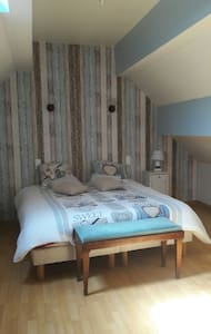 Chambres d Hôtes chez Therese.1chambres:1lit