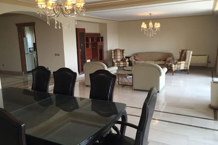 4 bed luxury flat in Maadi - Maadi, Cairo  - Wohnung