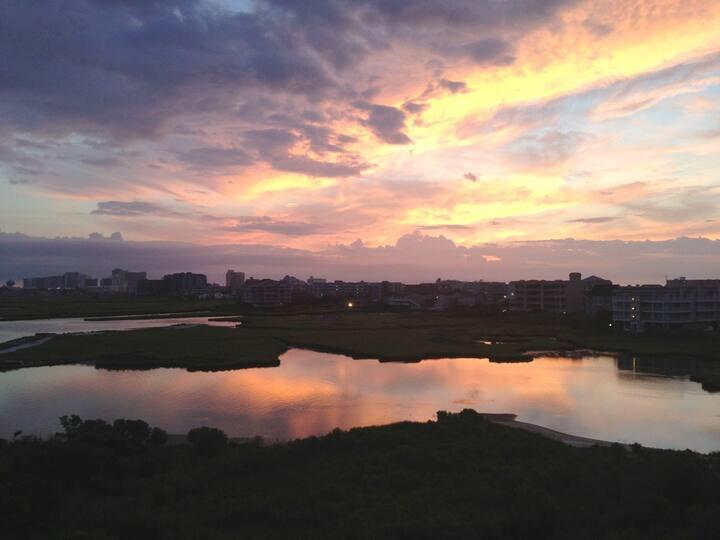 Sunset Island 6 HCW 4C - Stunning Waterfront Views