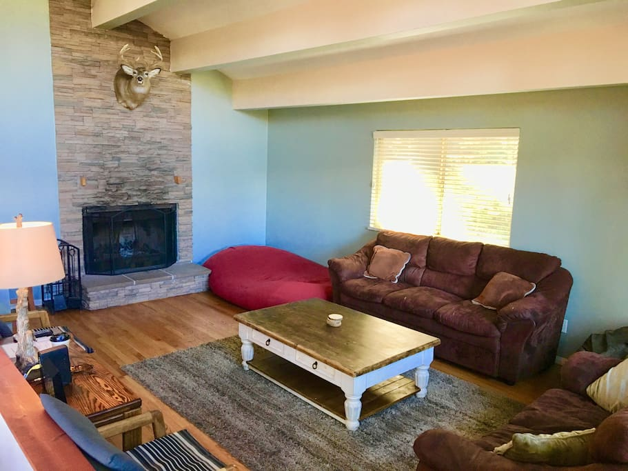 running springs chat rooms Running springs rooms for rent – search for a room for rent, roommates, rentals, or houses for rent in running springs, ca running springs roommates you can find running springs roommates quickly and easily with this running springs roommate finder.
