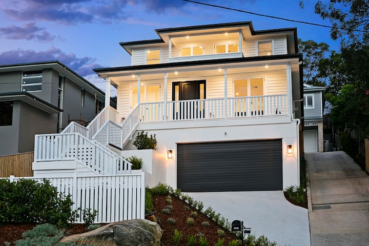 PROS - 10 Mins to Manly - Hamptons Hideaway