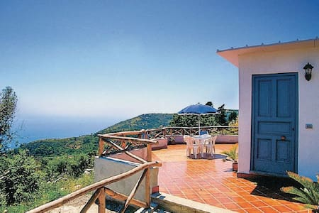 Holiday Home Gea 2 - Sorrento Coast - Massa Lubrense