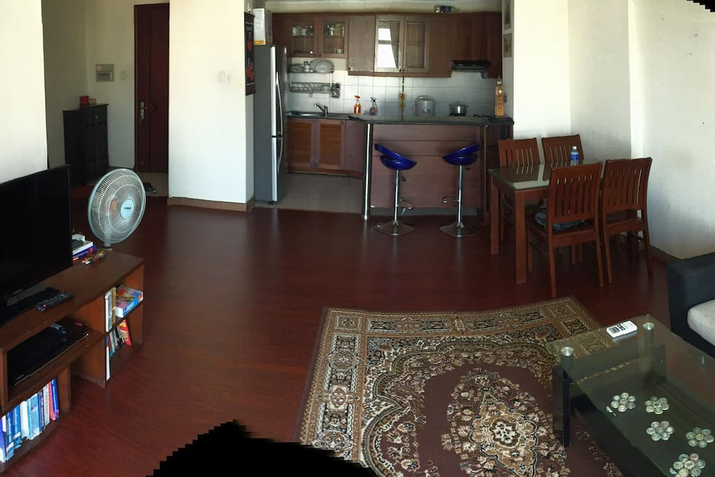 Free relax with big living room, bar corner, convenient kitchen by side
