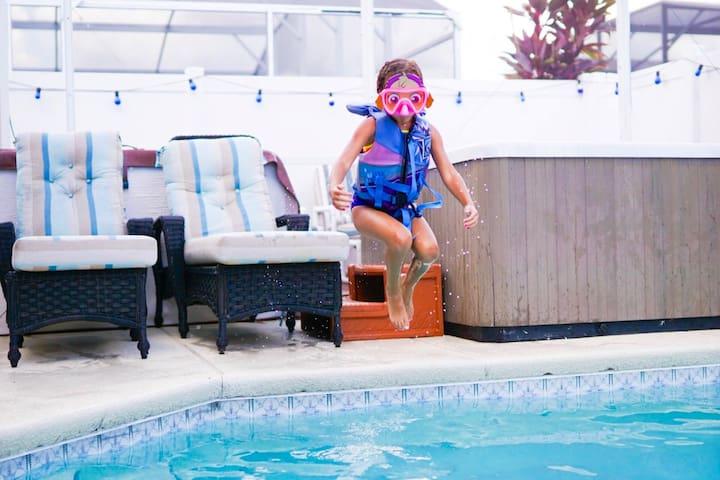 Splashing vacation fun!