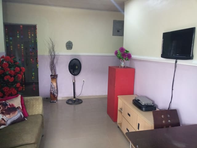 Surulere Orchard 2bedroom Apt ideal for a get away