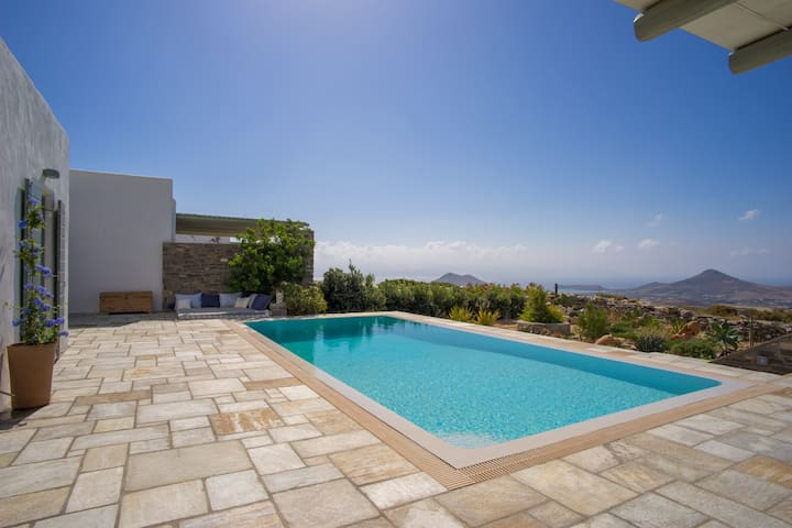 Top hill Villa Joy with private pool, great views - Kostos - Villa