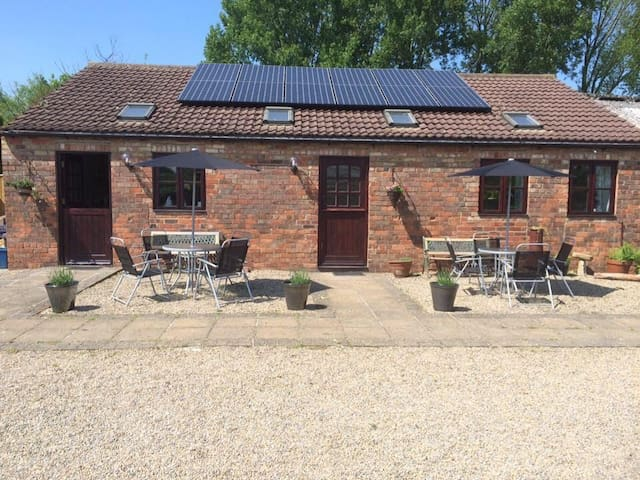 Mowbray Stable Cottages: One Bedroom Cottage