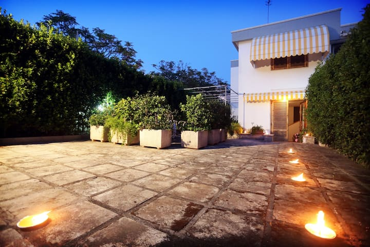 House just 200 meters from the sea in Salento.