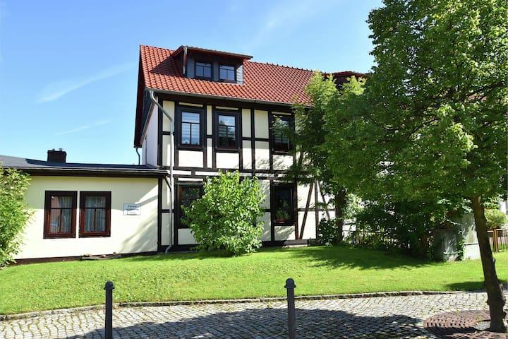 Modern und hell eingerichtetes Ferienhaus  im Harz mit Gartennutzung