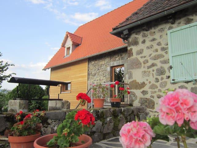 Gite chaleureux Aurillac, Cantal, Lioran