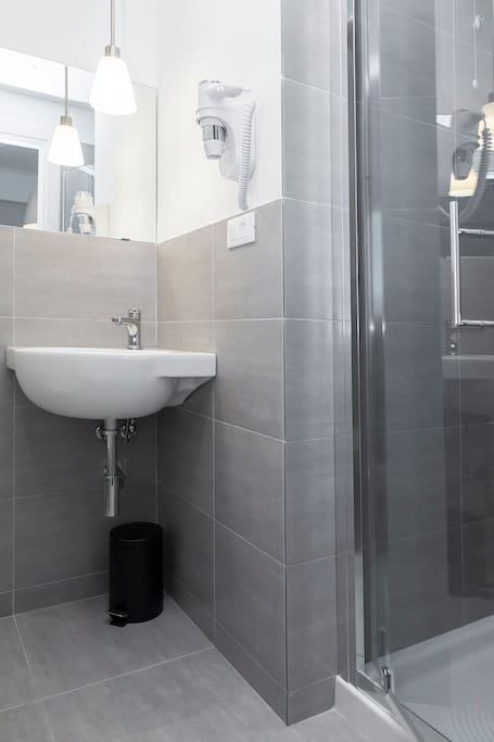 Il bagno Bathroom