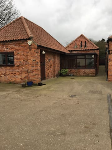 Garden cottage ,Lodge farm. - Collingham - Apartemen