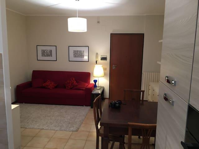 Grazioso appartamento a Foligno (comodo Caserma)