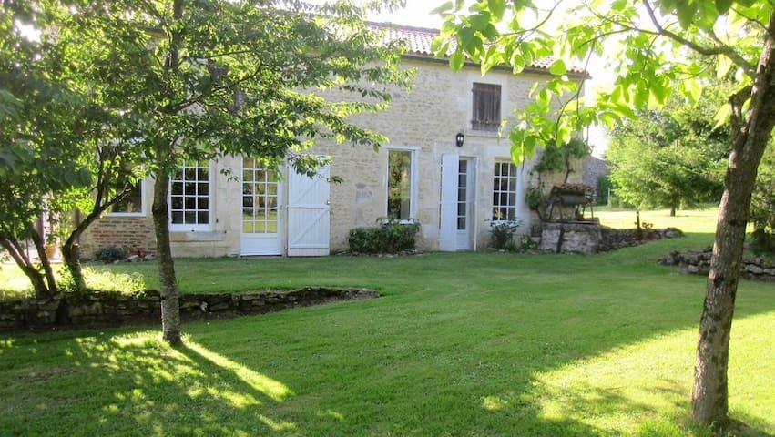 Grande maison de campagne cosy - Marsais-Sainte-Radégonde - Casa