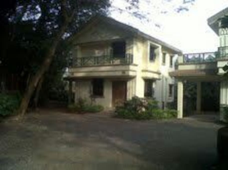 2bhk Villa Wit Common Swimming Pool Bungalows For Rent In Lonavala