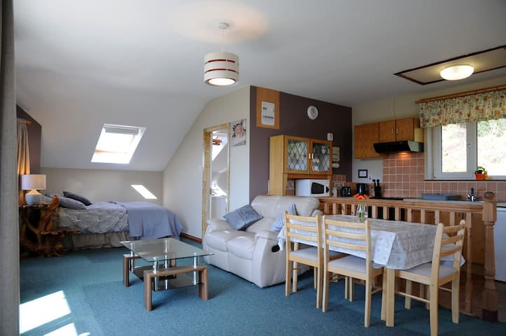 Fossa Lake View Self Catering Apartment Killarney