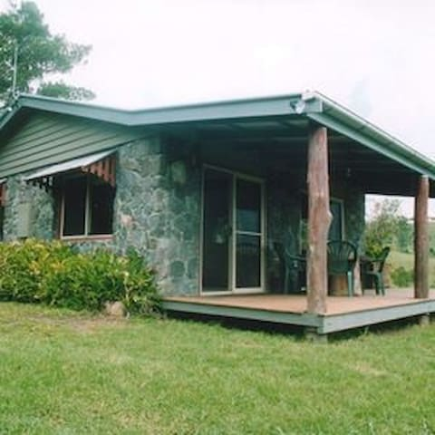Obiview Haven - Stone Cabin - Witta