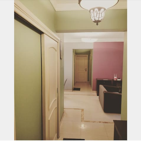Cozy AC Bedroom- wifi - Next to BOMBAY EXHIBITION