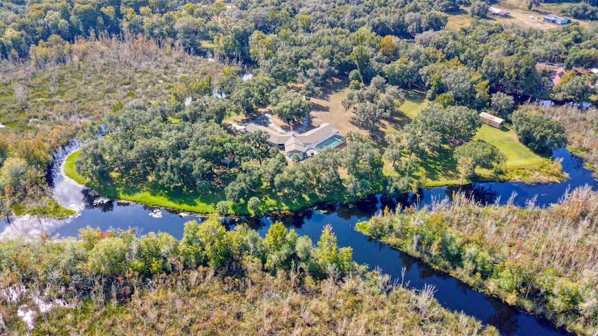Private 40 Acre Waterfront Retreat on Nature Coast