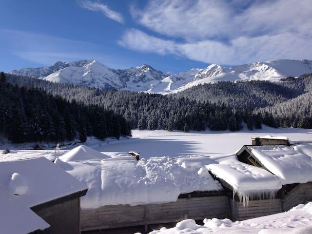 Gîte PAYOLLE face au lac CAMPAN Hautes-Pyrénées