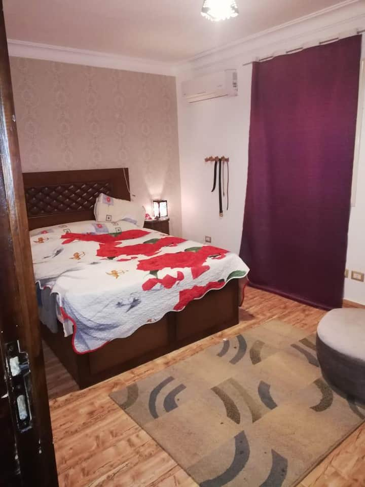 Private room for rent in Pyramids Gardens-Gate 3