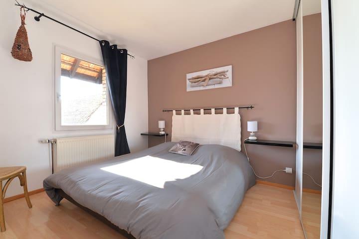 2ème chambre (1 lit double)