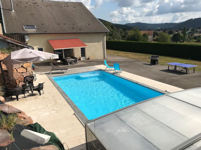 VOSGES : Ferme rénovée, au calme, piscine privée