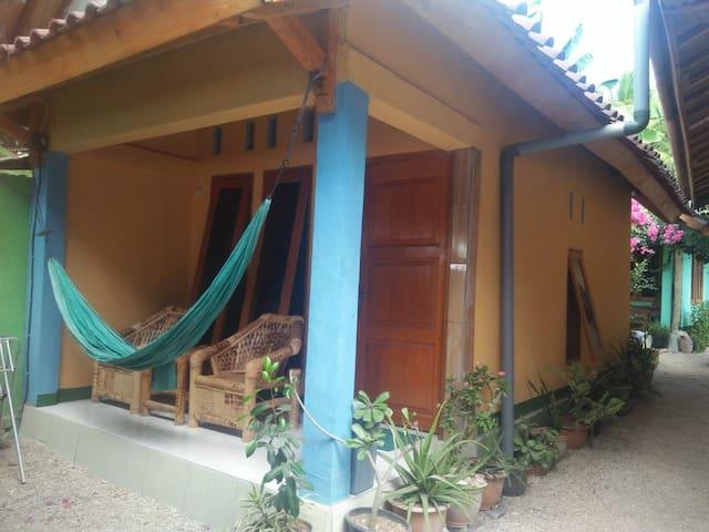 Pelangi homestay bungalow 2
