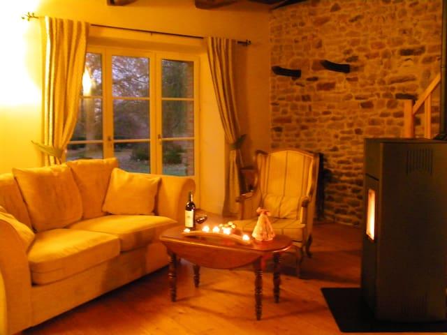 Charming, cosy cottage, woodburner, country walks - Pleudihen-sur-Rance - Hus