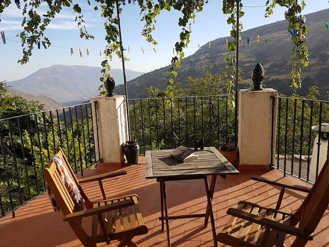 Lovely village house, spectacular mountain views
