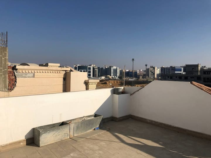 Excellent location in the heart of New Cairo