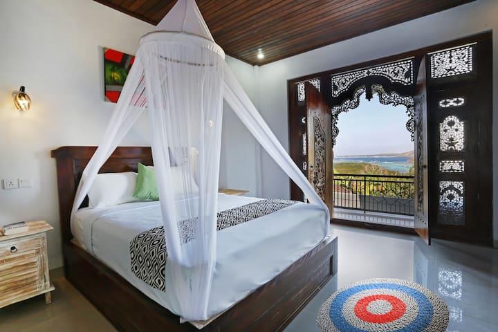 Gebyok Room Ocean View with Breakfast