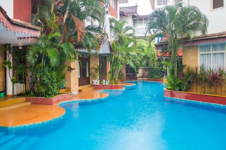 Luxury Villa at Serene Location - Guirim - Casa de campo