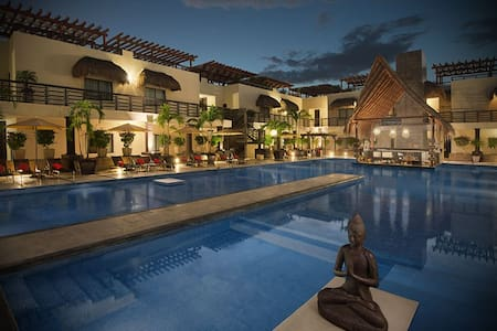 Best Location! Playa Mamitas, Room-CondoHotel #215 - Playa del Carmen - Apartment