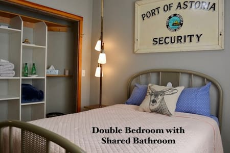 Wood You Drift on Inn Double with Shared Bathroom