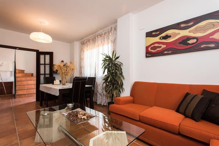 Magnifica casa con aparcamiento - Salteras - Alpstuga