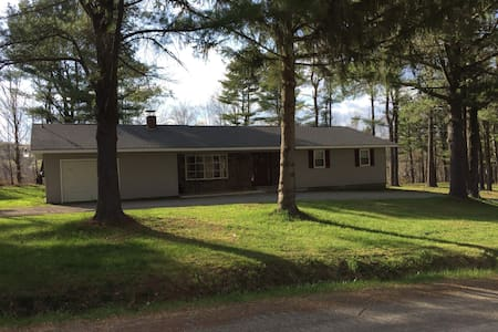 Whispering Pines Getaway - Best value in the area!