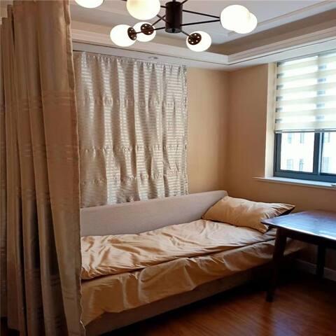 【壹张沙发】位于财经大学旁#复旦&大学路&肺科医院