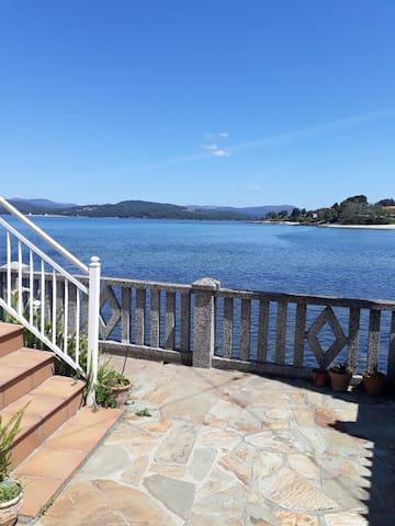 Sobre el mar. Boa, Porto do Son (A Coruña)